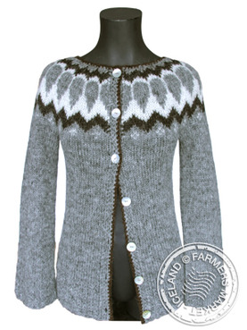 Fell open Icelandic Design Wool Sweater